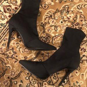 Steve Madden black Daffy sock boots